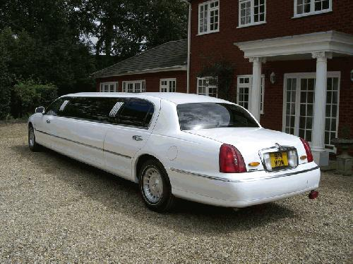Lincoln Town Car limo hire london