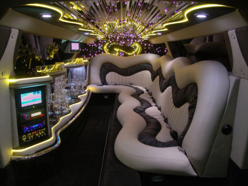 Chrysler C300 limo hire london