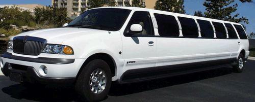 Lincoln Navigator limousine hire london
